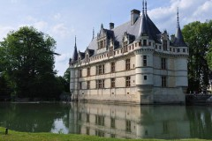 Châteaux of the Loire: Azay the Rideau, Langeais and Villandry